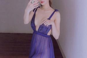 Từng 'dọa' bỏ nhà đi nhưng Linh Chi vẫn đăng loạt ảnh sexy khi mặc váy ngủ, Lâm Vinh Hải phản ứng thế nào?