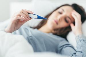'Cấp cứu' ngay khi cơ thể bạn đang gặp phải 8 vấn đề này