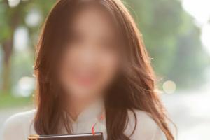 Nữ diễn viên 'Về nhà đi con' lộ clip nóng: Hoảng loạn, lên cầu Nhật Tân định kết thúc mọi thứ